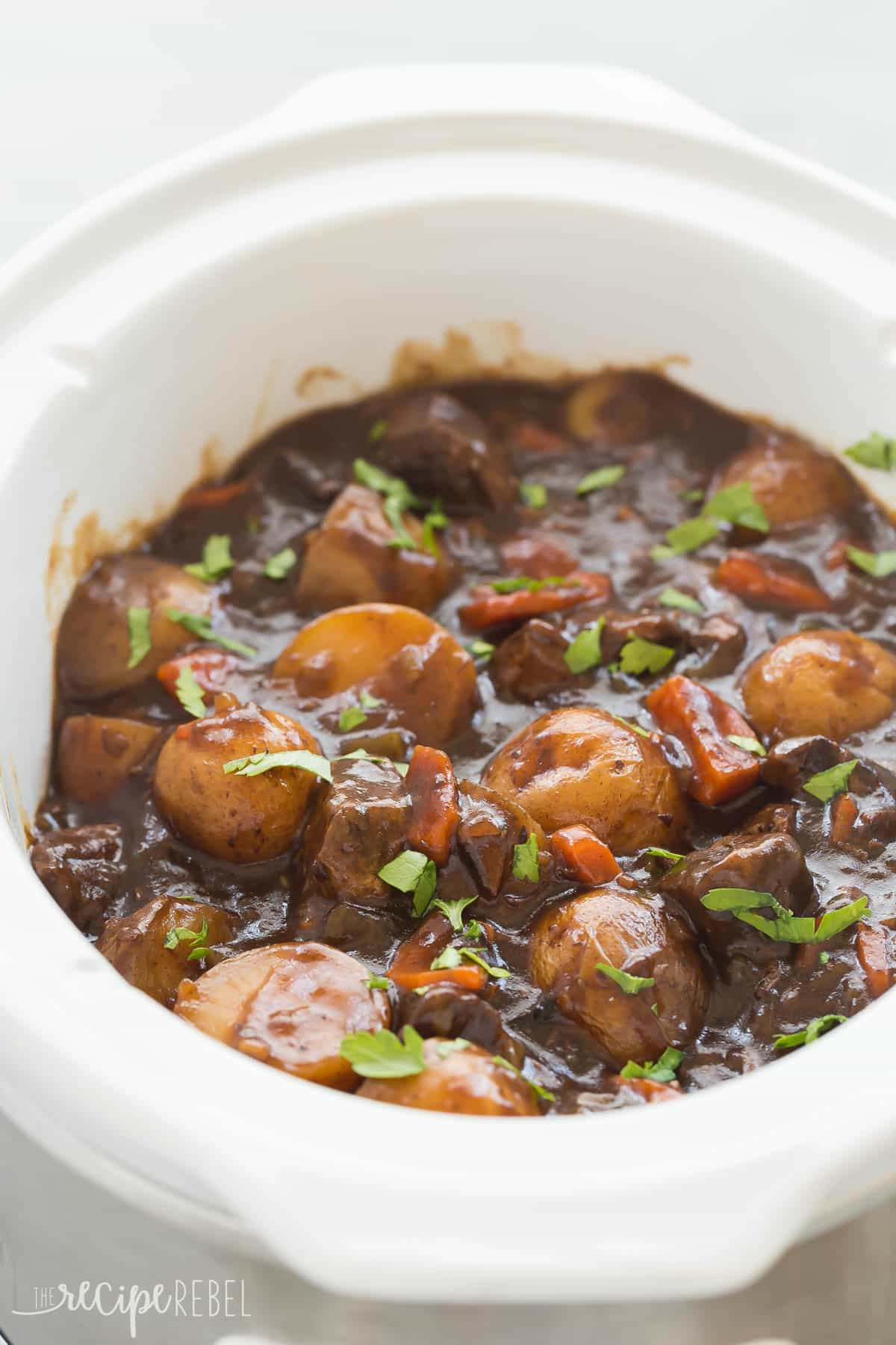 Honey balsamic slow cooker beef stew video thedirtygyro forumfinder Images