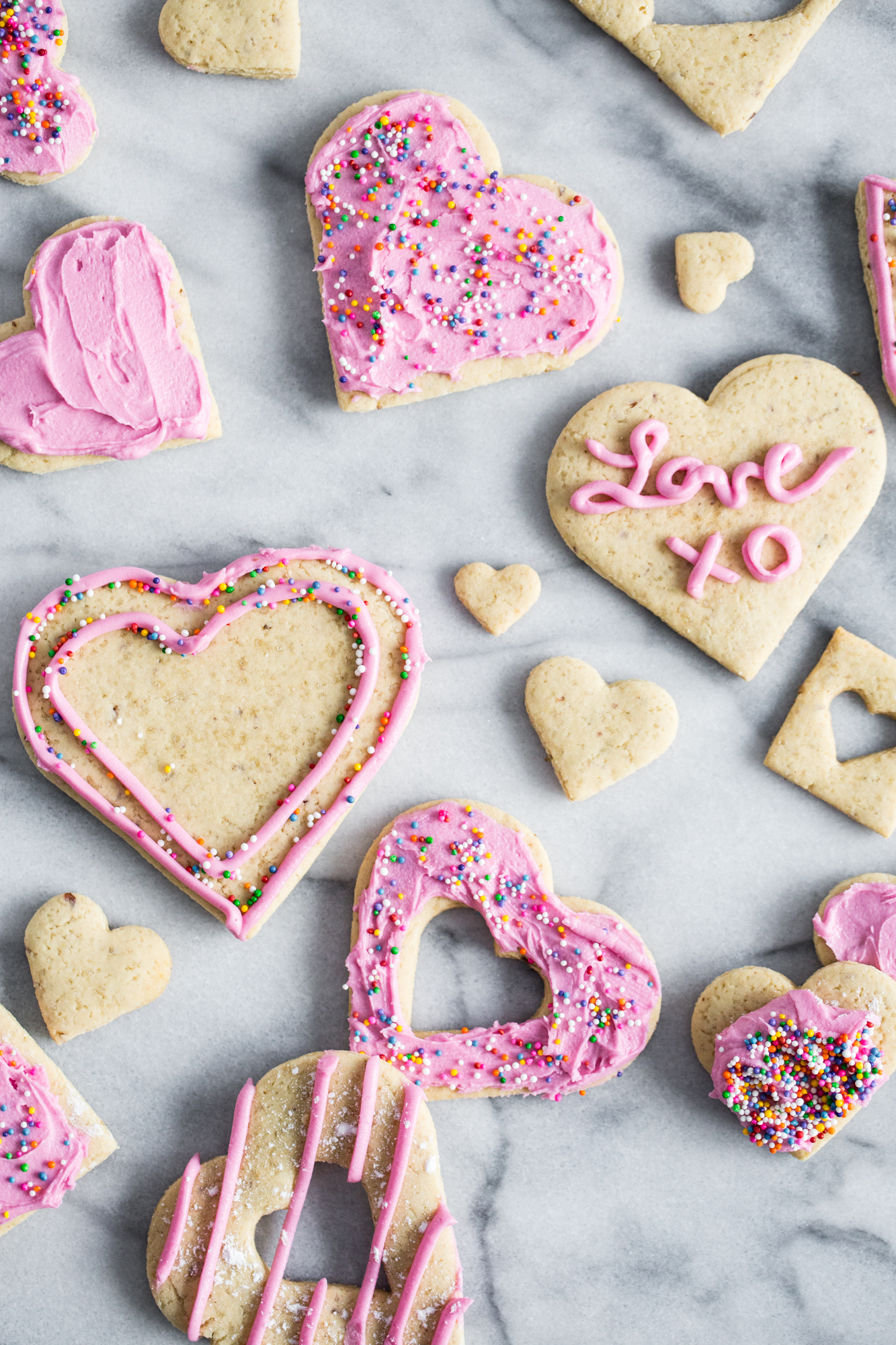 Easy Vegan Sugar Cookies With Pink Frosting Oh She Glows Thedirtygyro