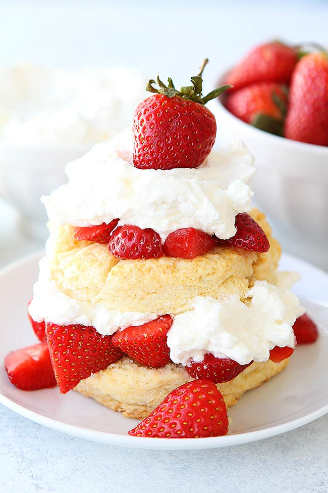Strawberry Shortcake Recipe Two Peas Their Pod Thedirtygyro